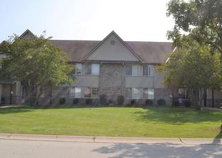 Pre Foreclosure in Oak Creek 53154 W OAK LEAF DR - Property ID: 1540005645