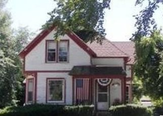 Pre Foreclosure in Green Bay 54301 CHICAGO ST - Property ID: 1540159817