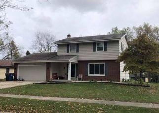 Pre Foreclosure in Oak Creek 53154 S LOGAN AVE - Property ID: 1540182590
