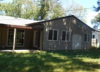 Pre Foreclosure in Loves Park 61111 DEVON AVE - Property ID: 1540209296