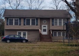 Pre Foreclosure in Front Royal 22630 YOUNGS DR - Property ID: 1540259222