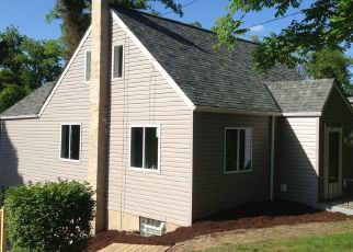Pre Foreclosure in North Versailles 15137 3RD ST - Property ID: 1540415586