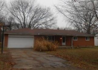 Pre Foreclosure in Dayton 45432 W SKYVIEW DR - Property ID: 1540436165