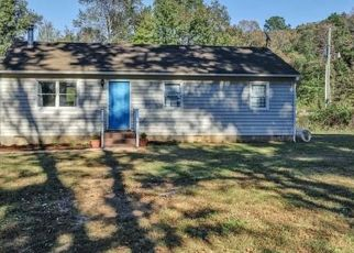 Pre Foreclosure in Powhatan 23139 JEFFERSON LANDING RD - Property ID: 1540494421