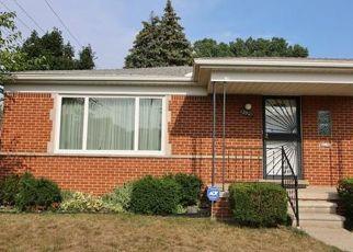 Pre Foreclosure in Redford 48239 FENTON - Property ID: 1540536470