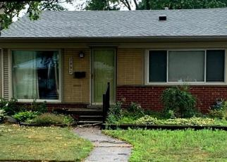 Pre Foreclosure in Dearborn Heights 48125 VASSAR ST - Property ID: 1540557492