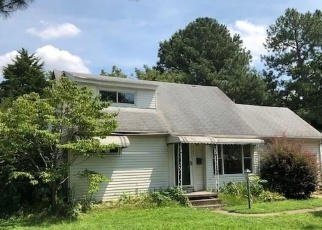 Pre Foreclosure in Virginia Beach 23464 MANATEE DR - Property ID: 1540755451