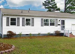Pre Foreclosure in Newport News 23605 ORCUTT AVE - Property ID: 1540908753