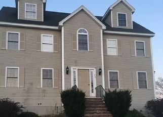 Pre Foreclosure in Lowell 01854 KELLEY CIR - Property ID: 1540991526