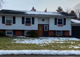 Pre Foreclosure in Chittenango 13037 LAURA CT - Property ID: 1541062474