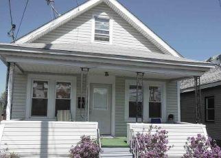Pre Foreclosure in Schenectady 12308 VAN VRANKEN AVE - Property ID: 1541091827