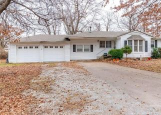 Pre Foreclosure in Collinsville 74021 S 20TH ST - Property ID: 1541328769