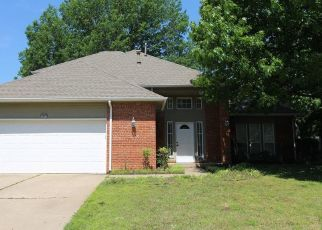 Pre Foreclosure in Broken Arrow 74011 S CHESTNUT AVE - Property ID: 1541391390