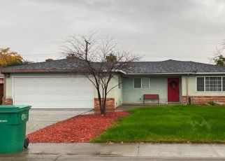 Pre Foreclosure in Porterville 93257 N ARGYLE ST - Property ID: 1541397974