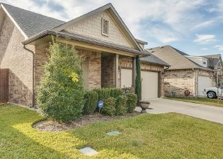 Pre Foreclosure in Fort Worth 76137 REDWOOD CREEK LN - Property ID: 1541426877