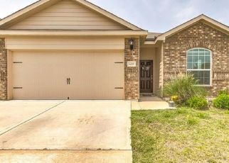 Pre Foreclosure in Fort Worth 76179 OBSIDIAN CREEK DR - Property ID: 1541444385