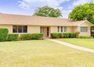 Pre Foreclosure in Fort Worth 76134 MARLBOROUGH DR W - Property ID: 1541449198