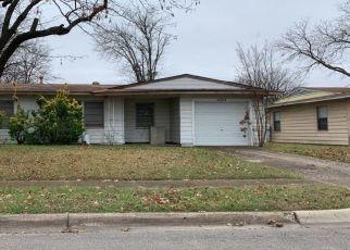 Pre Foreclosure in Dallas 75228 BLYTH DR - Property ID: 1541568779
