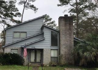 Pre Foreclosure in Liberty 77575 LONE OAK LN - Property ID: 1541604246