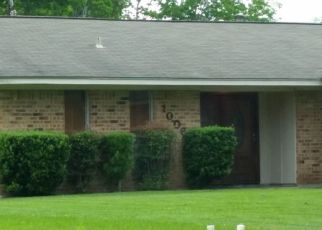 Pre Foreclosure in Baytown 77521 E BAKER RD - Property ID: 1541609504