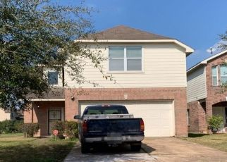 Pre Foreclosure in Houston 77047 ROYAL GEORGE LN - Property ID: 1541622647
