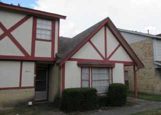 Pre Foreclosure in Humble 77338 COUNTRY VILLAGE BLVD - Property ID: 1541623521
