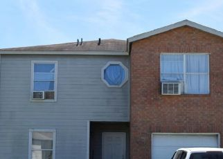 Pre Foreclosure in San Antonio 78244 CANDLETREE - Property ID: 1541661178