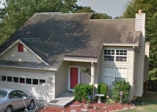 Pre Foreclosure in Knoxville 37923 OVERTON LN - Property ID: 1541692274