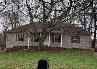 Pre Foreclosure in Lafayette 37083 JOYCE CIR - Property ID: 1541755351