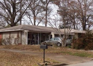 Pre Foreclosure in Memphis 38128 NORTHMOOR AVE - Property ID: 1541771105