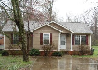 Pre Foreclosure in Chattanooga 37416 IRVIN RD - Property ID: 1541805725