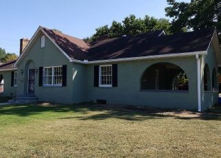 Pre Foreclosure in Paris 38242 E WOOD ST - Property ID: 1541836371
