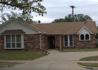 Pre Foreclosure in Bedford 76021 POST OAK DR - Property ID: 1541873604