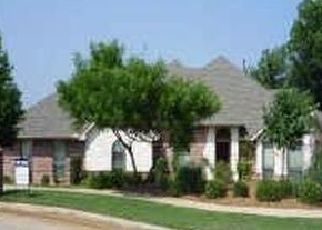 Pre Foreclosure in Arlington 76016 SILVER WIND CT - Property ID: 1541920464