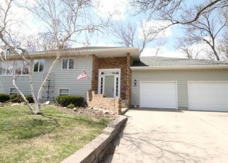 Pre Foreclosure in Aberdeen 57401 TAYLOR DR - Property ID: 1542177105