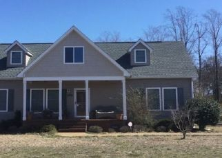 Pre Foreclosure in Hope Mills 28348 COLEPARK DR - Property ID: 1542286167