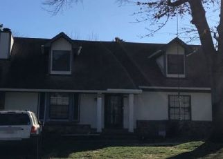 Pre Foreclosure in Memphis 38141 WINTER PARK DR - Property ID: 1542328212