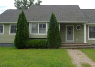 Pre Foreclosure in Pennsville 08070 SANFORD RD - Property ID: 1542483705