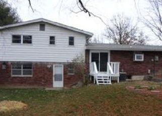 Pre Foreclosure in Belleville 62221 MORRISON DR - Property ID: 1542567349