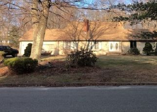 Pre Foreclosure in Lincoln 02865 RED CHIMNEY DR - Property ID: 1542734213