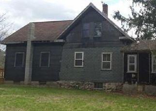 Pre Foreclosure in North Dartmouth 02747 QUANAPOAG RD - Property ID: 1542820953