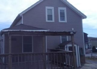 Pre Foreclosure in Fall River 02721 SLADE ST - Property ID: 1542857735