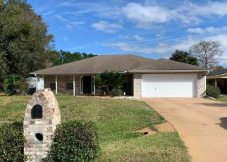 Pre Foreclosure in Palatka 32177 HARBOR DR - Property ID: 1542881377