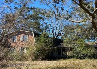 Pre Foreclosure in Pensacola 32514 KAWANEE DR - Property ID: 1543609740