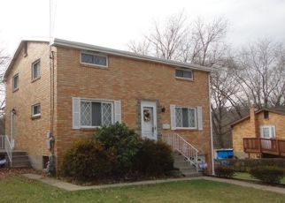 Pre Foreclosure in Pittsburgh 15235 SHENANDOAH DR - Property ID: 1543671484