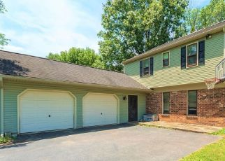 Pre Foreclosure in Lancaster 17601 MICHENER DR - Property ID: 1543698195