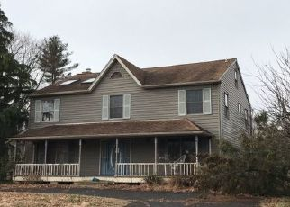 Pre Foreclosure in Warminster 18974 WILSON AVE - Property ID: 1543722733