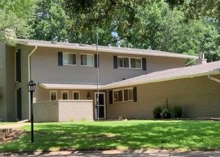 Pre Foreclosure in Ardmore 73401 CLOVERLEAF PL - Property ID: 1544066992
