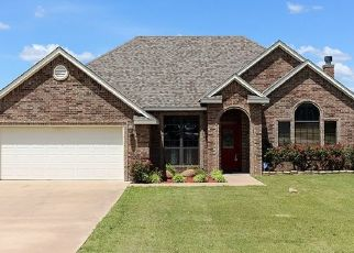 Pre Foreclosure in Lawton 73505 NW VALLEYBROOK DR - Property ID: 1544087562
