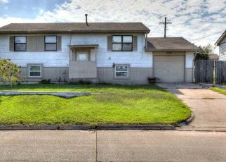 Pre Foreclosure in Lawton 73505 NW ELM AVE - Property ID: 1544099833